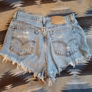 Vintage distressed  high waist shorts!